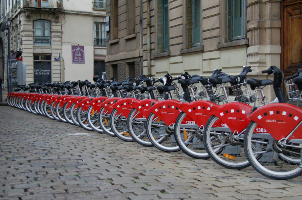 MICROMOBILITY & SHARED MOBILITY Geolocation solutions